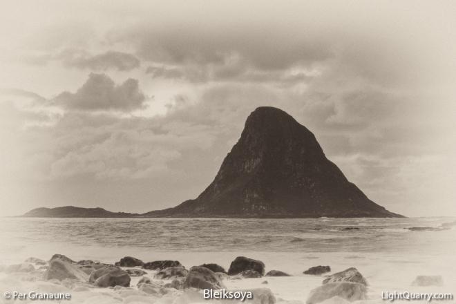 Bleiksøya by Per Granaune
