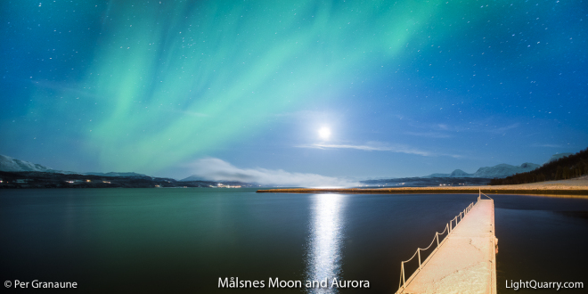 Målsnes Moon and Aurora by Per Granaune