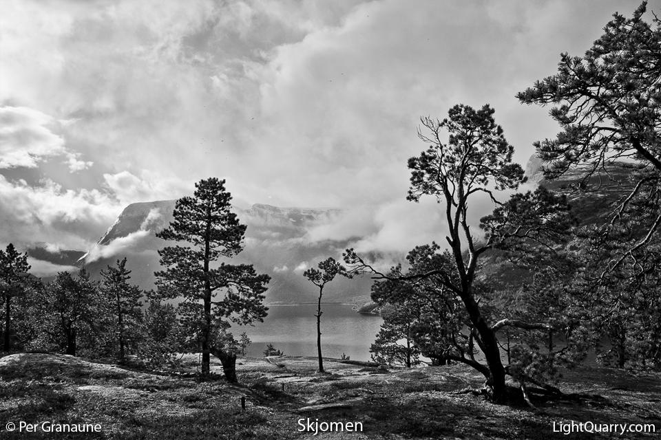 Skjomen by Per Granaune